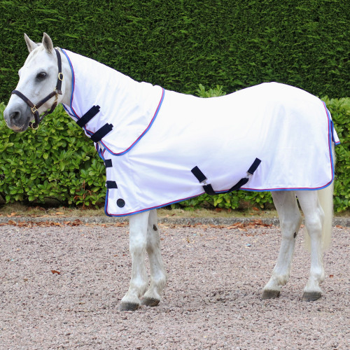 """Hy Signature Guard Detachable Fly Rug in White with Navy and Blue binding in 4'6"""""""